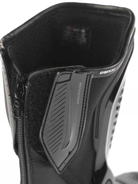 Stivali moto Dainese TRQ-Race Out D-WP nere