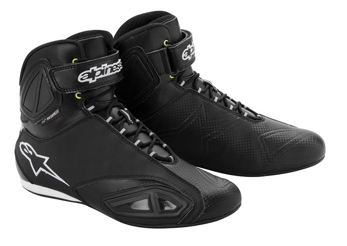 Alpinestars Fastlane Waterproof motorcycle shoes black-white