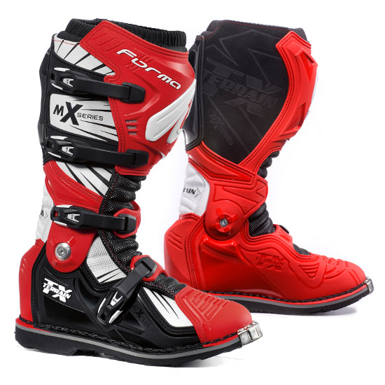 Boots Red Cross Forma Terrain TX