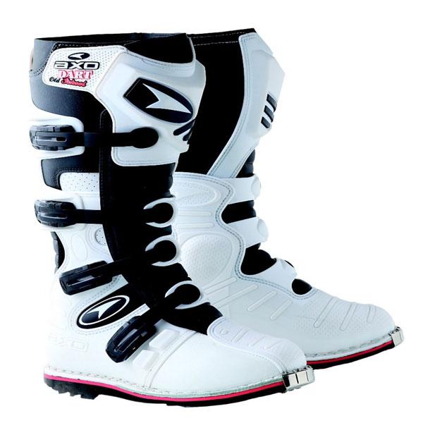Cross AXO Dart Boots Old School White Black