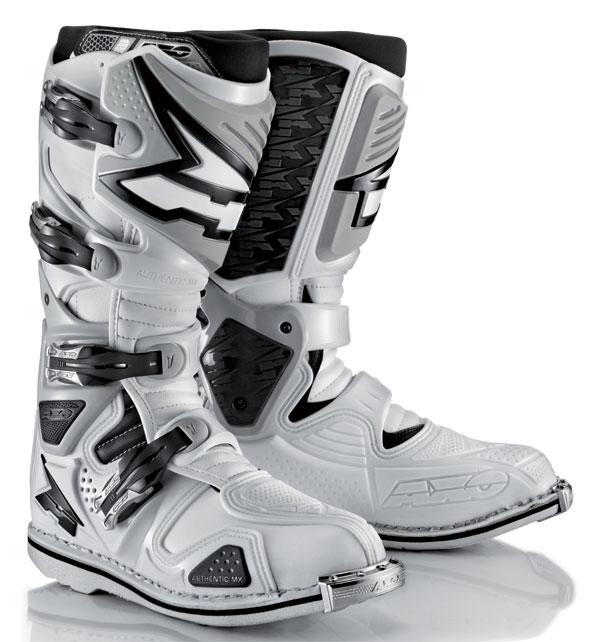AXO Boots cross A2 White