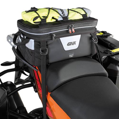 Expandable cargo bag Givi Xstream